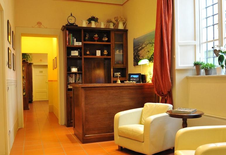 Il Seminario bed and breakfast, Lucca, Reception