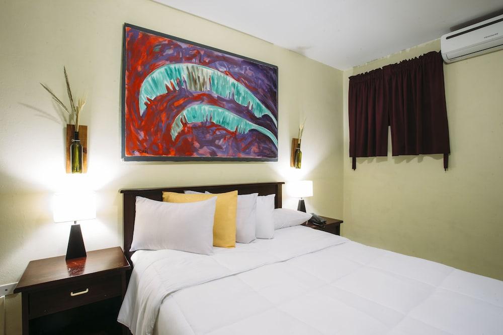 Hotel de la Escalón Morrison, San Salvador
