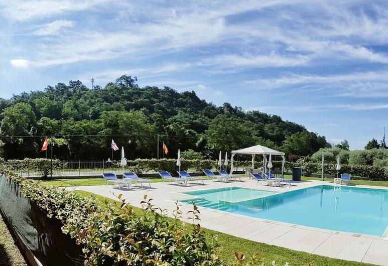 阿格里乌里维酒店, 明乔河畔瓦莱焦 , 游泳池