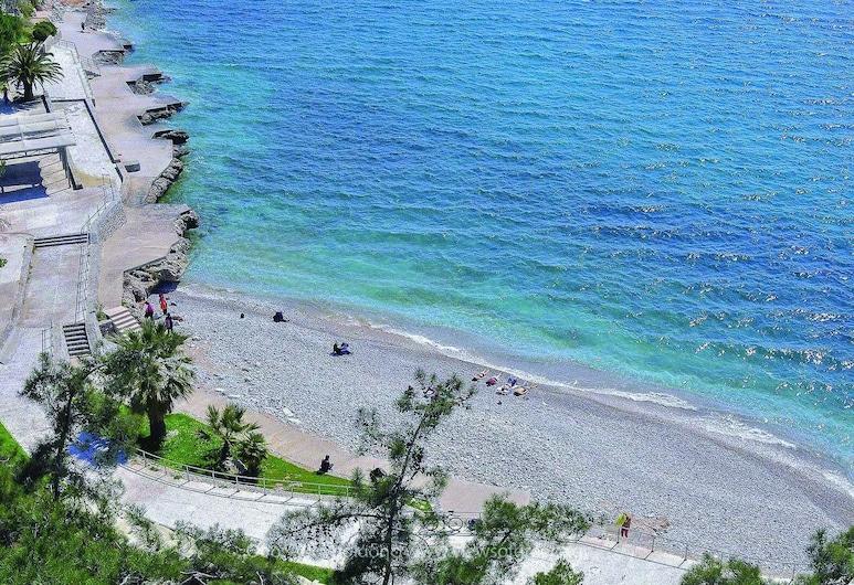 Park Hotel, Nafplio, Beach