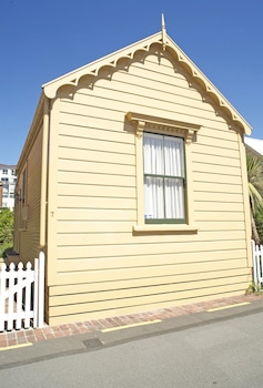 Picture of City Cottages in Wellington