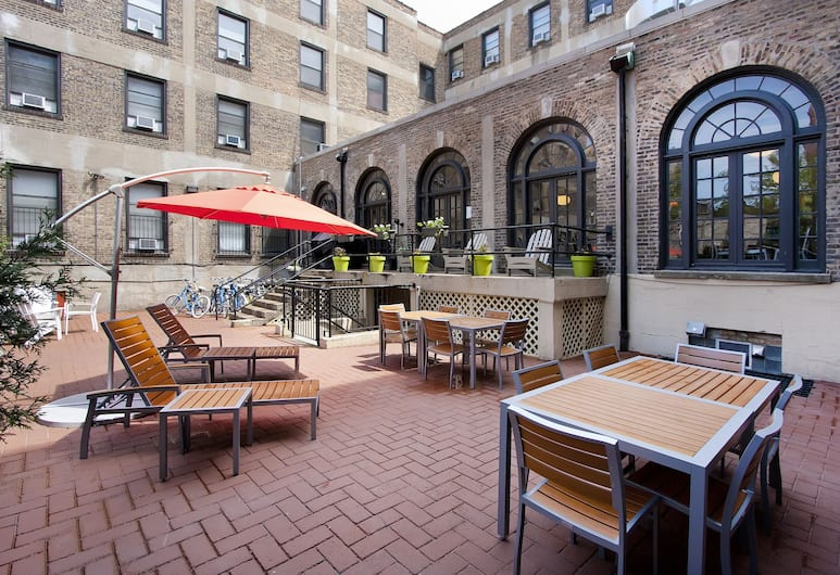 Chicago Getaway Hostel, Chicago, Courtyard