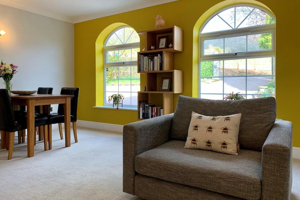 Štandardná dvojlôžková izba, súkromná kúpeľňa, výhľad na kopec - Obývacie priestory