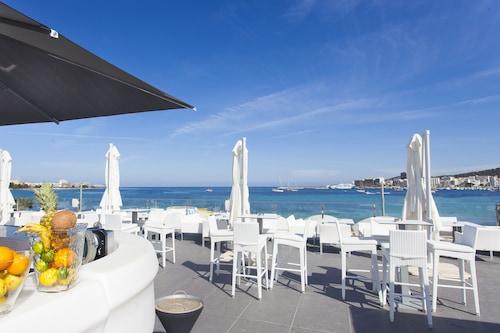瑪麗娜海灘酒店公寓