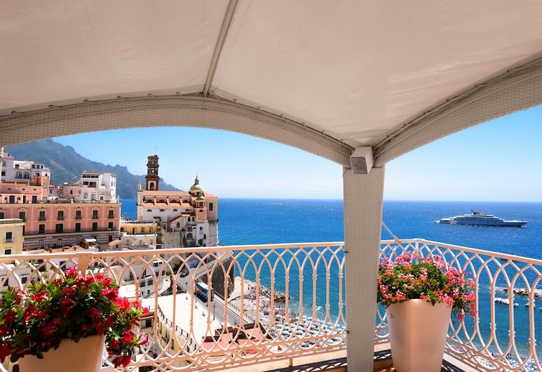 Palazzo Ferraioli Hotel & Wellness Center, Atrani, Terrace/Patio