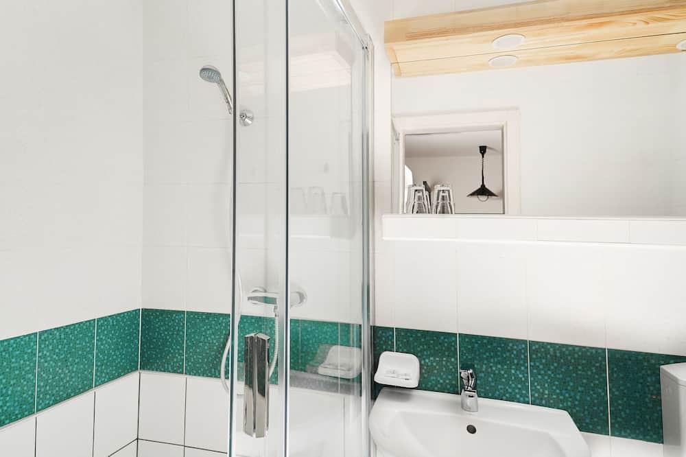 4 人部屋 - バスルーム