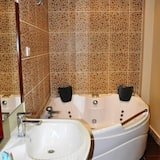 Double Room - Jetted Tub