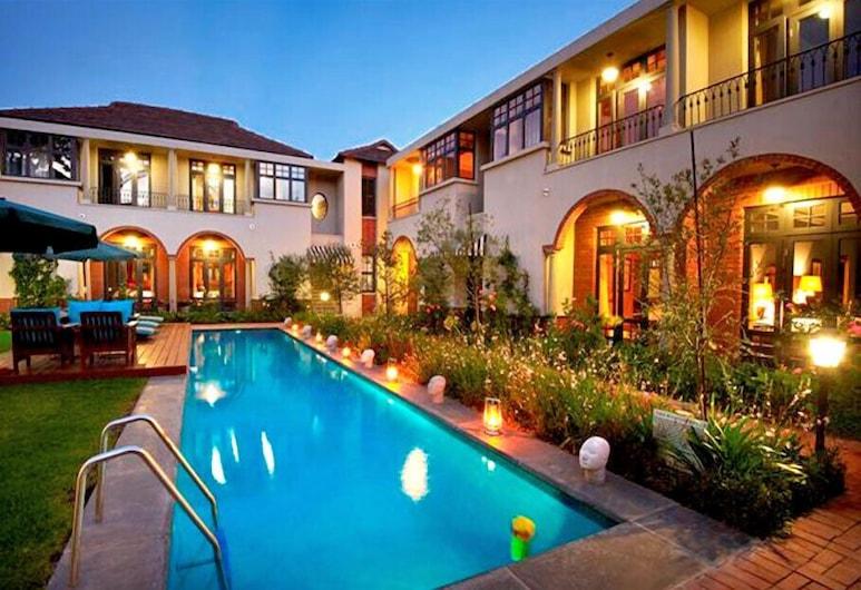 溫斯頓飯店, 約翰尼斯堡, 室外游泳池