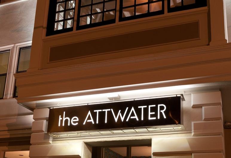 The Attwater, Newport, Hotelfassade am Abend/bei Nacht