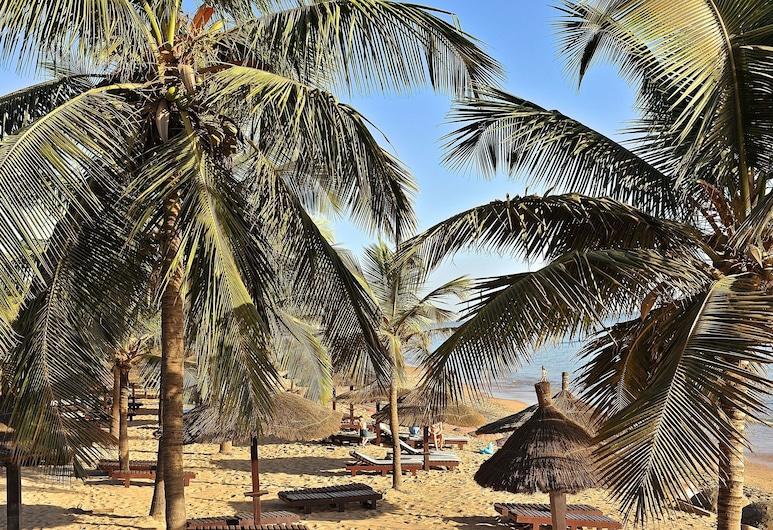Hotel Neptune, Mbour, Beach