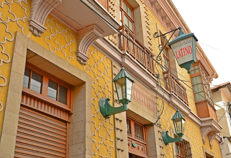 Momema Inn, La Paz, Façade de l'hôtel