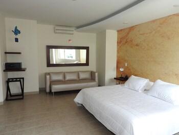 Picture of Mediterráneo Hotel in Medellin