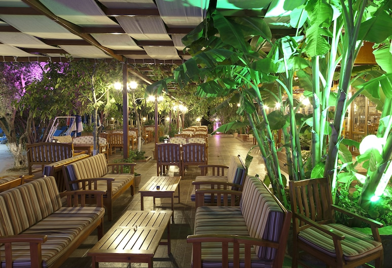 Gokcen Hotel & Apartments, Fethiye, Outdoor Dining