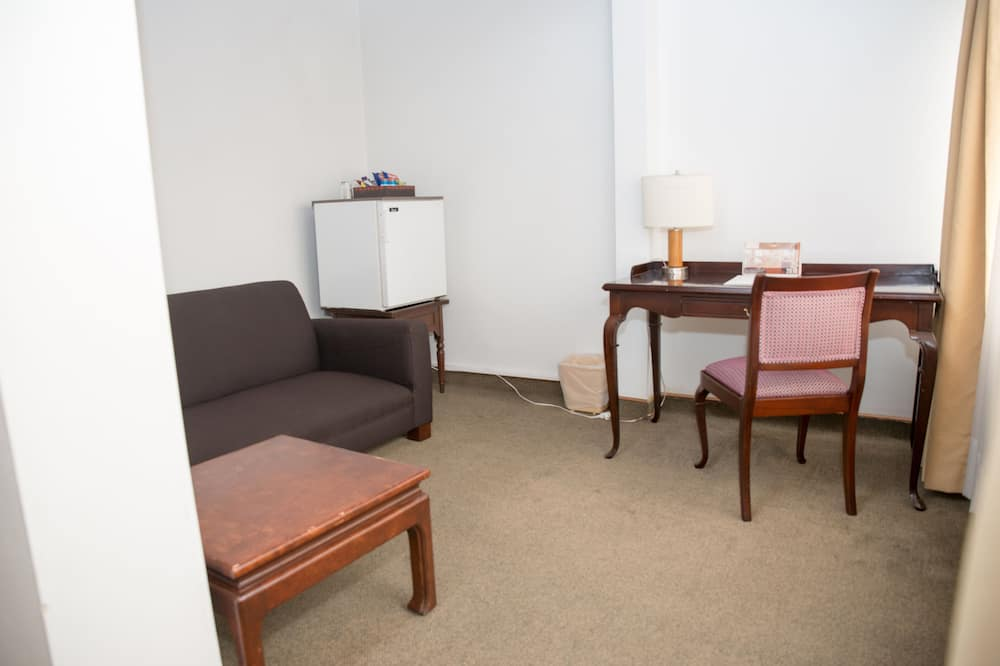 Junior Suite - Living Room