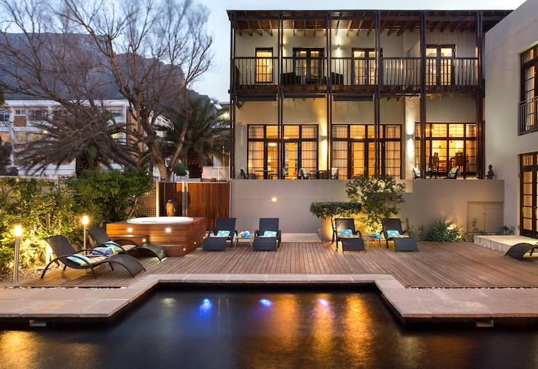 Derwent House, Cape Town