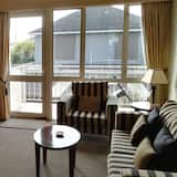 Executive Apartment, 1 Bedroom - Living Room