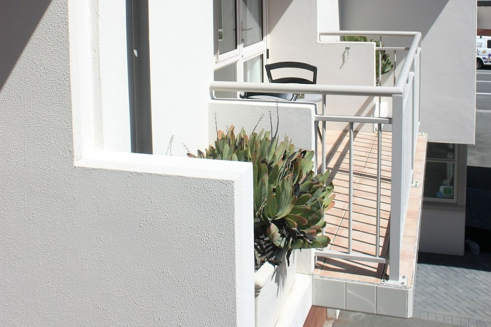 Standard Apartment, 1 Bedroom - Balcony