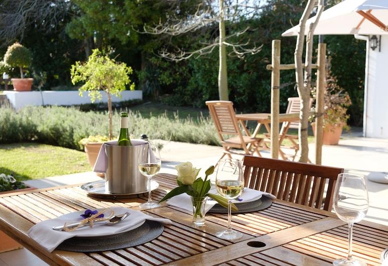 White Lodge Constantia Guest House, Cape Town, Terrace/Patio