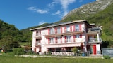 Choose This Cheap Hotel in Riva del Garda