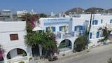 Choose This 1 Star Hotel In Paros