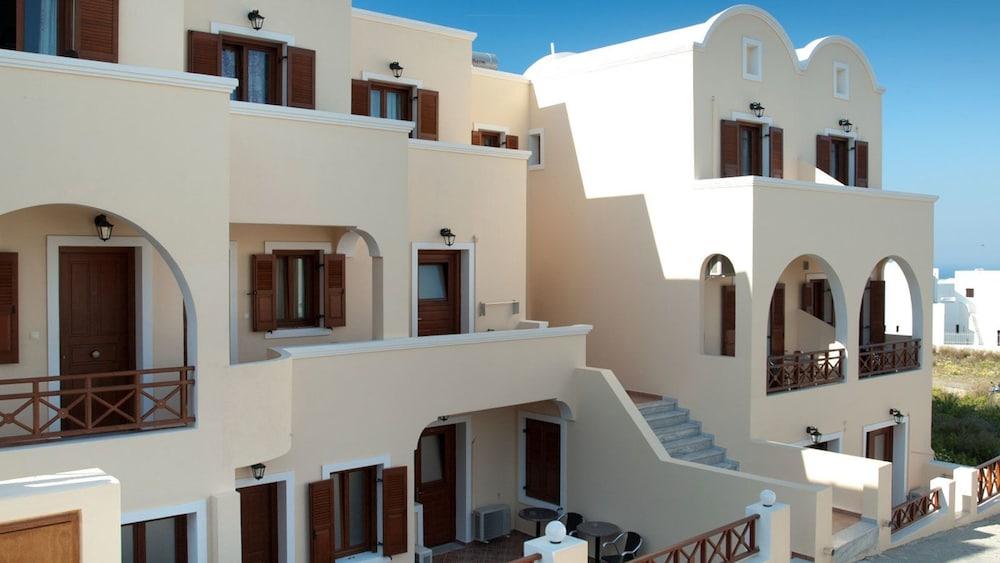 Antonia Apartments, Santorini