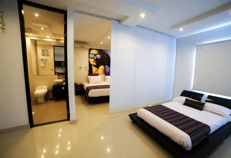 Hotel Medellin 33, Medellin, Quadruple Room , Guest Room