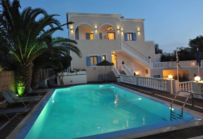 Stelios Place, Santorini