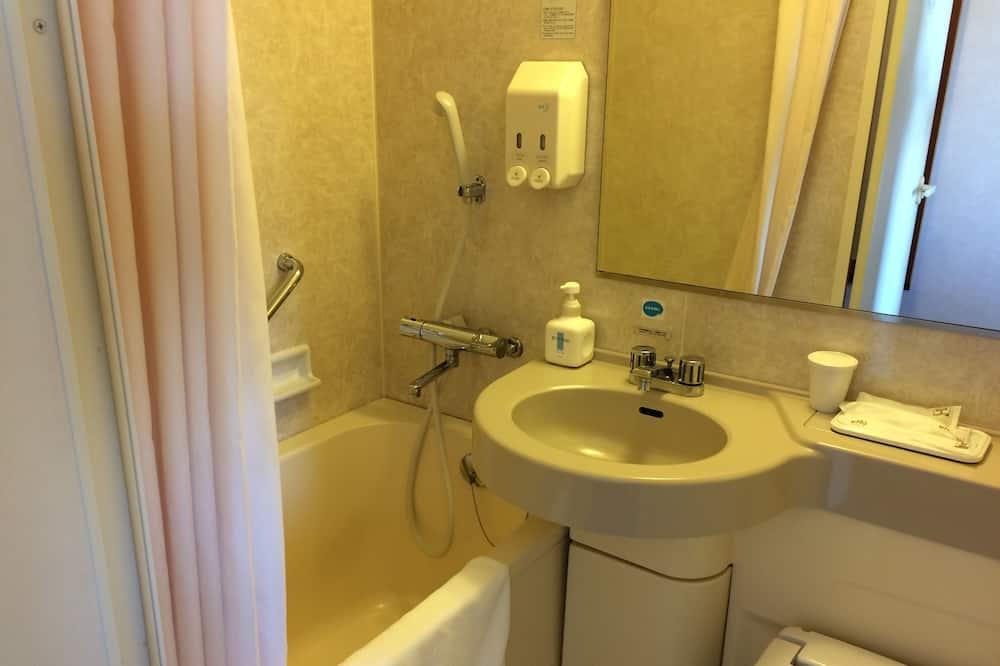 Economy Double Room, Smoking (120cm-wide bed) - Bathroom Amenities