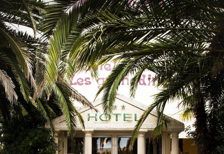 Hotel Les Grenadines, Agde, Terrasse/veranda