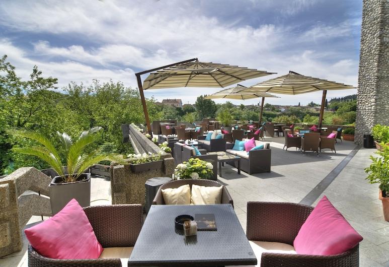 Hotel Podgorica, Podgorica, Garden