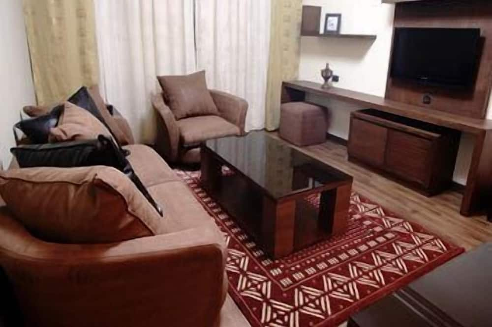 Single Suite for 2 people - Living Room