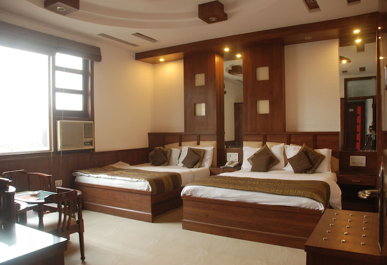 Hotel Baba Deluxe, New Delhi, Triple Room, Bilik Tamu