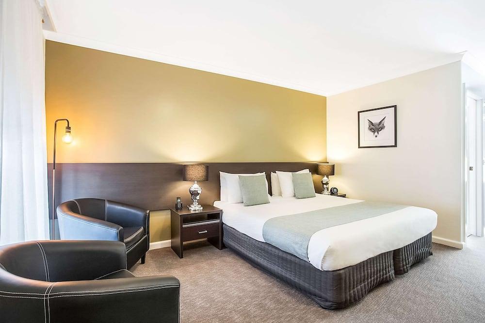 Standard Room, 1 King Bed - Guest Room