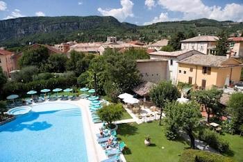 Picture of Hotel Regina Adelaide in Garda