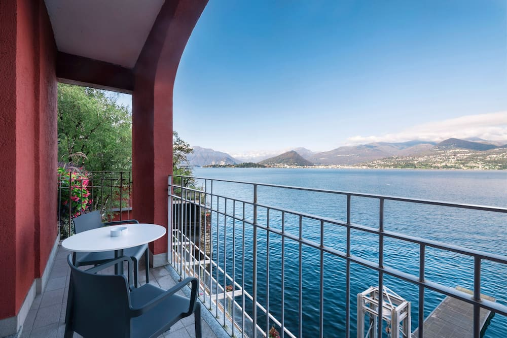 Deluxe Room, Terrace, Lake View - Guest Room