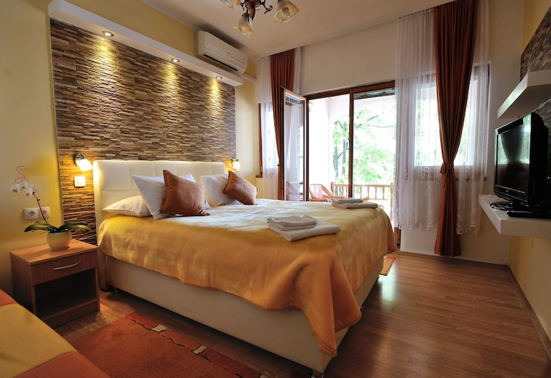 Pansion Cardak, Mostar, Deluxe Double Room, Balcony, Guest Room