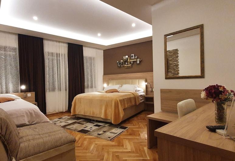 Pansion Cardak, Mostar, Superior Quadruple Room, Guest Room
