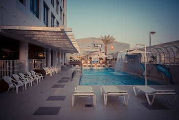 Enter your dates for our Eilat last minute prices