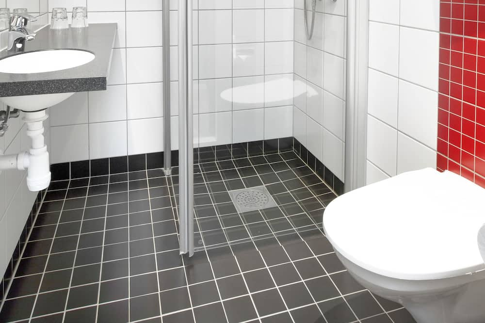 Economy Single Room, No Windows - Bathroom