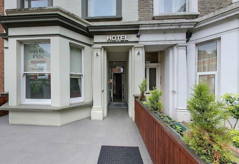 Simply Rooms & Suites, Londra, Ingresso hotel