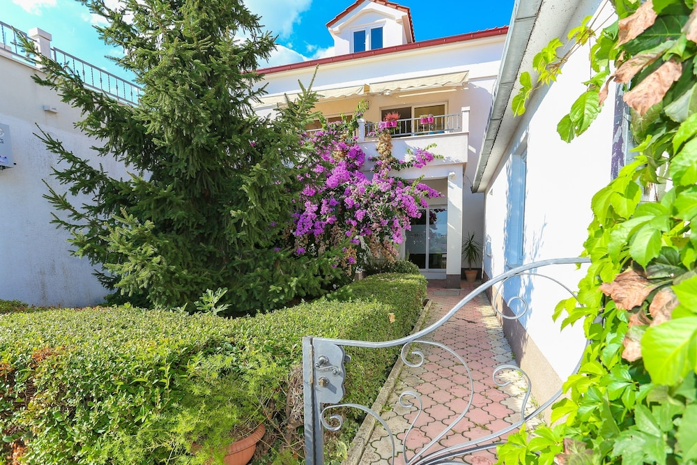 Apartments & Rooms Buble, Trogir