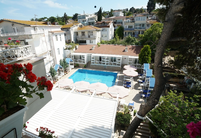 Ascot Hotel Buyukada, אדאלאר, חדר פנורמי, מיטה זוגית, נוף לים, מרפסת/פטיו