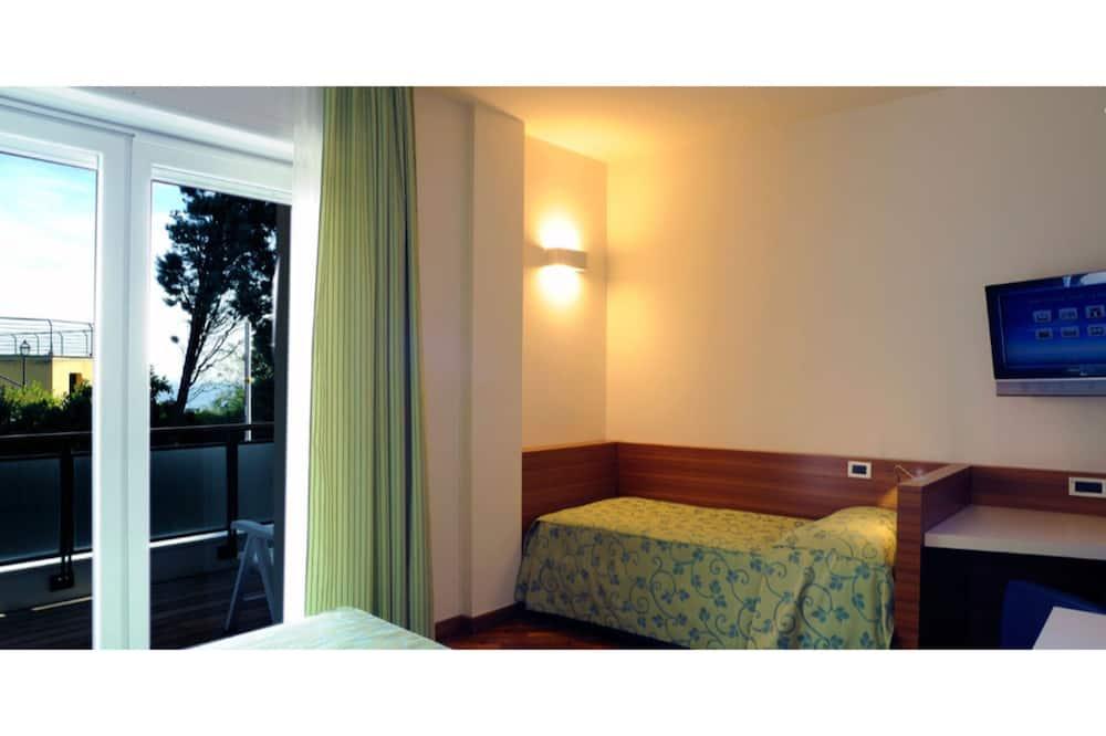 Triple Room, Balcony, Sea View - Water view