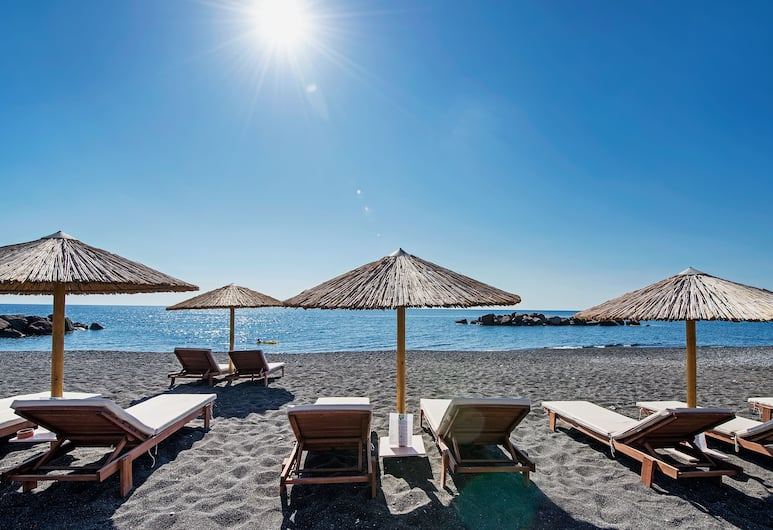 Nissia Apartments, Santorini, Beach