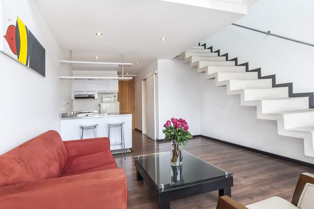 Family Room - Living Area