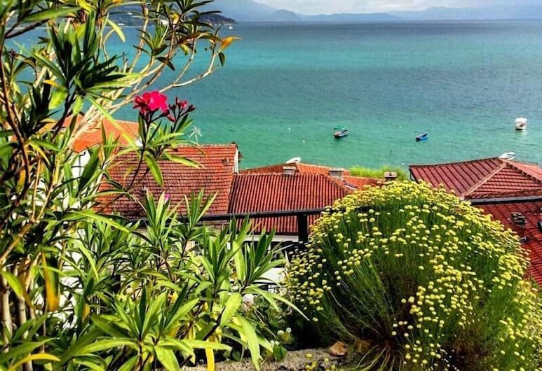 Grebnos Stonehouse Apartments, Ohrid, Výhled z hotelu