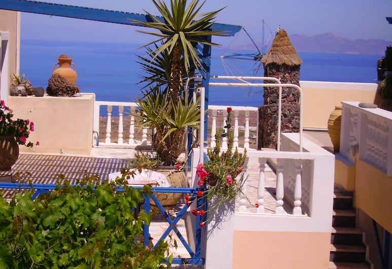 Hotel Thira, Santorini, Exterior