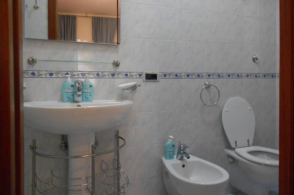 Tweepersoonskamer, privébadkamer - Badkamer