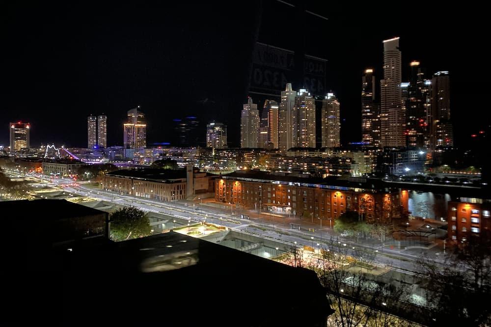 住宿外的城市景觀