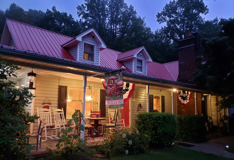 Blue Ridge Manor Bed and Breakfast, Cana